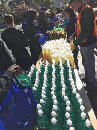 2019 Spring Cleaning Supplies Event 11